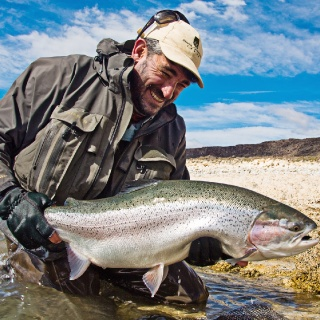 Matt Harris in the Jurassik Lake - Estancia Laguna Verde Fly fishing lodge