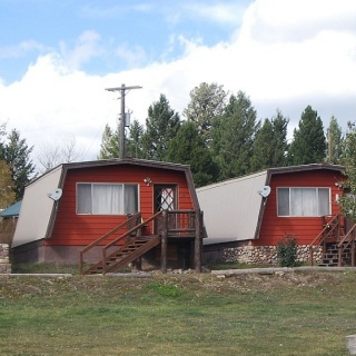 Drift Lodge & Fly Shop Cabins