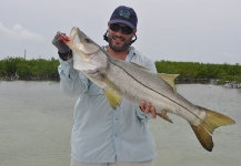 Esteban Raineri 's Fly-fishing Photo of a Snook - Robalo – Fly dreamers